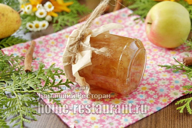 Варенье из яблок и груш с корицей на сковороде фото
