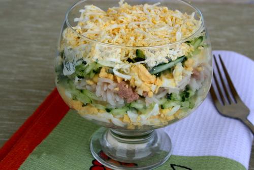 Классический салат из печени трески