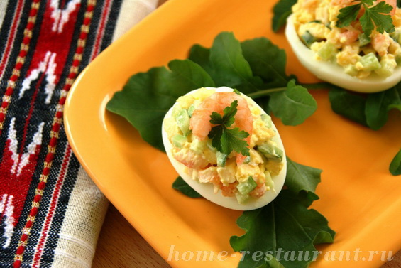 яйца, фаршированные креветками фото 15