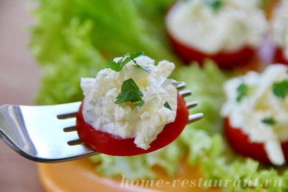помидоры с брынзой фото 13