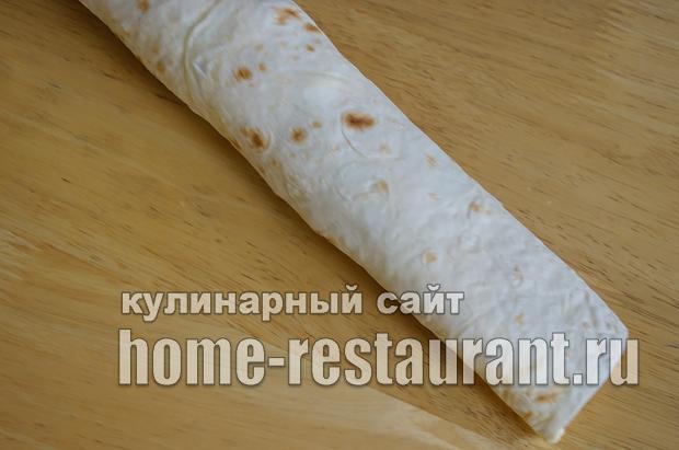 Лаваш с начинкой со шпротами и сыром_09