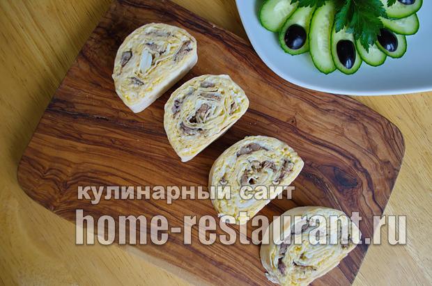 Лаваш с начинкой со шпротами и сыром_11