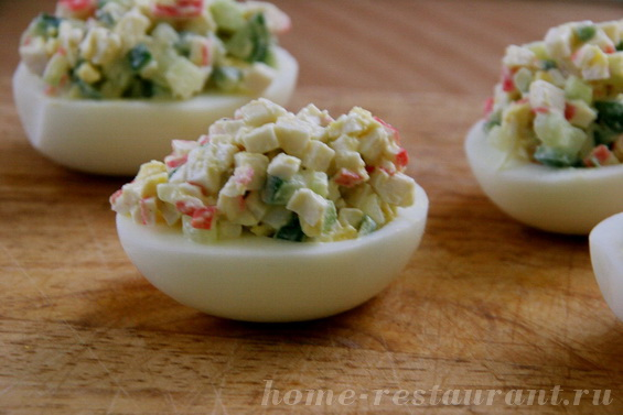 яйца с крабовыми палочками фото 12
