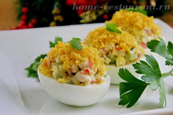 яйца с крабовыми палочками фото 16