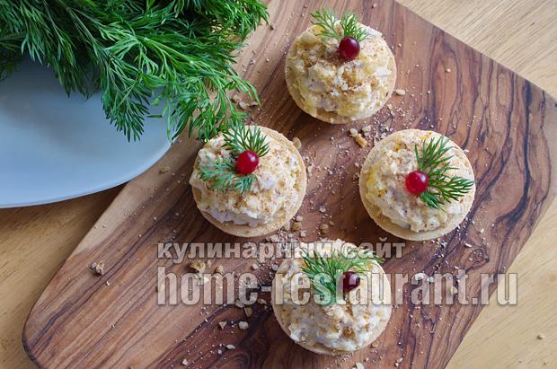 Салат в тарталетках с курицей и апельсином_7