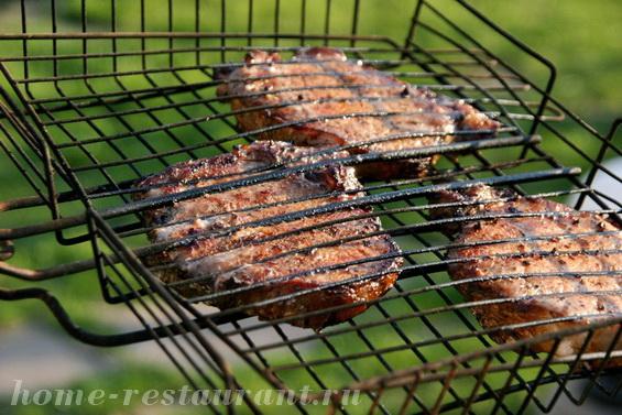 Стейк из свинины на мангале фото, фото рецепт Стейка из свинины на мангале