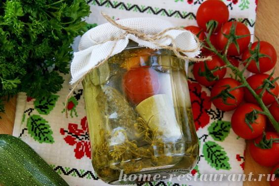 Кабачки с овощами в маринаде фото 12