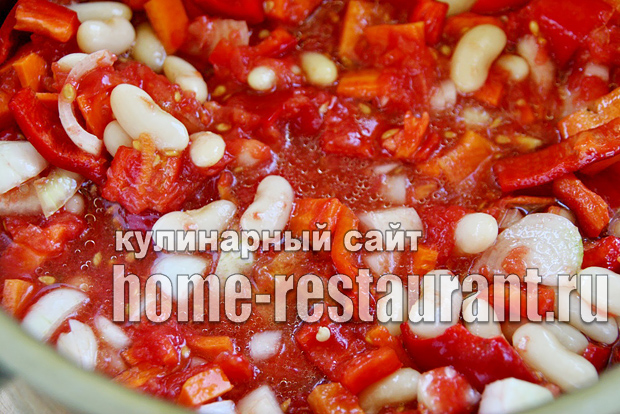 Вкусный салат с фасолью на зиму из помидоров_5