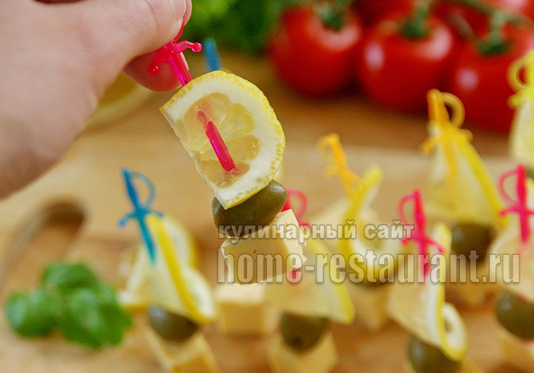 Канапе с сыром и оливками фото 15