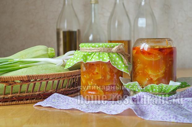 Салат из кабачков на зиму с томатной пастой и чесноком_08