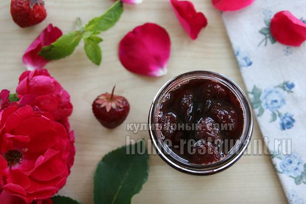 Варенье с лепестками роз фото 7
