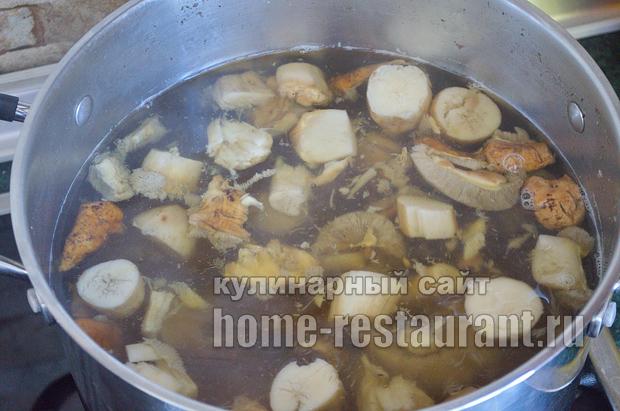 Как жарить белые грибы рецепт с фото пошагово _03