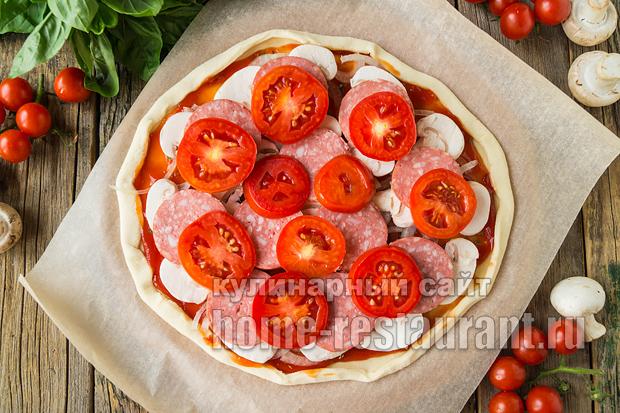 Пицца на слоеном тесте в духовке фото_05