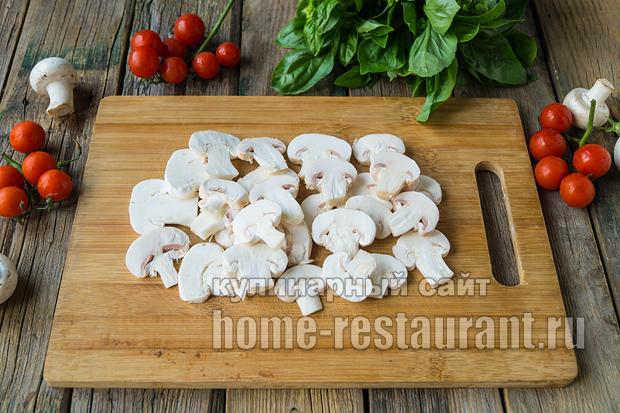 Пицца на слоеном тесте в духовке фото_09