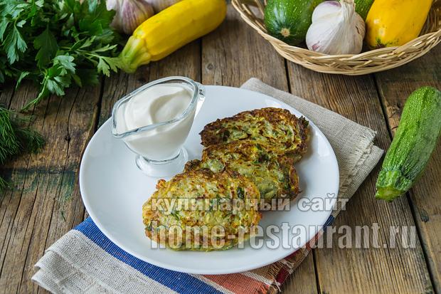 оладьи из кабачков без яиц- рецепт с фото_02