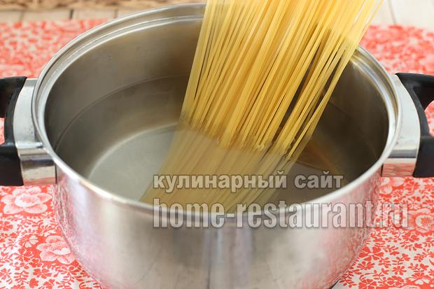 запеканка с макаронами в духовке с фото_15