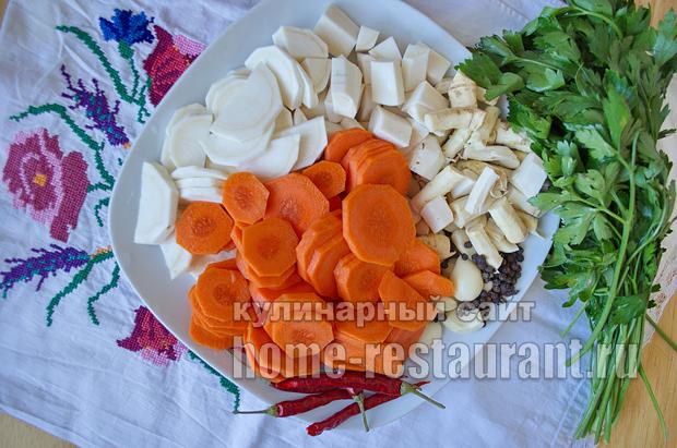соленые помидоры на зиму в банках фото_7