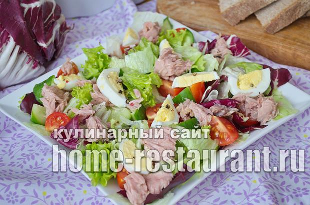 Салат из тунца консервированного с яйцом и свежим огурцом