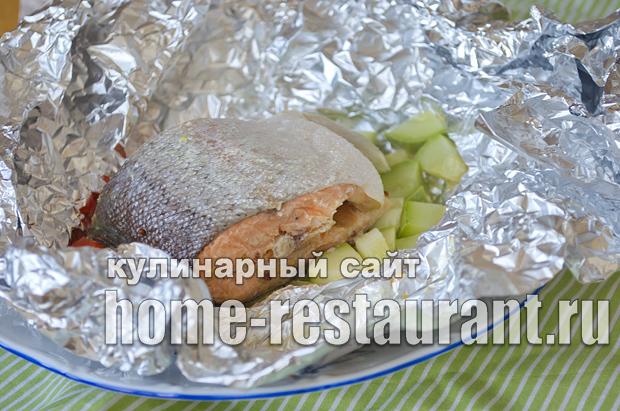 форель запеченная в духовке в фольге фото_09
