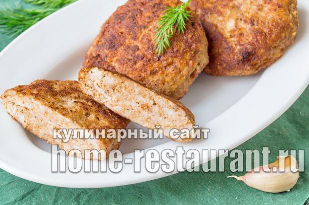 Куриные котлеты с фасолью и орехами