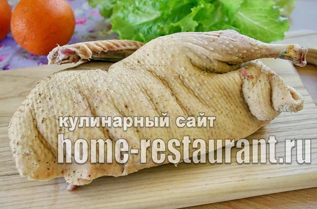 Утка с яблоками и апельсинами в духовке - рецепты фаршированной целой птицы в рукаве и в фольге и кусочков в маринаде