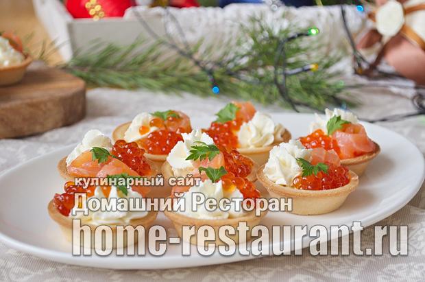 Тарталетки с красной рыбой, икрой и творожным сыром_11