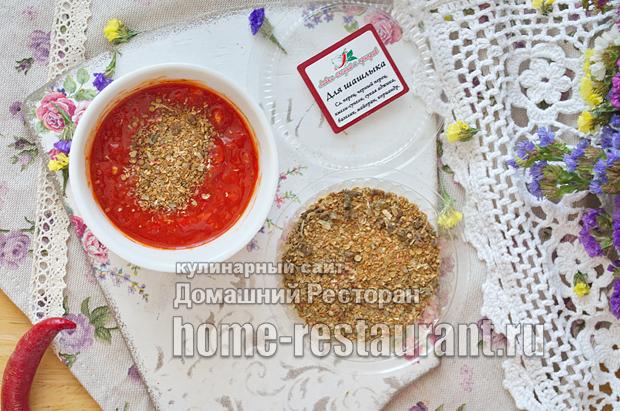Аджика из перца с томатным соком и краснодарским соусом фото