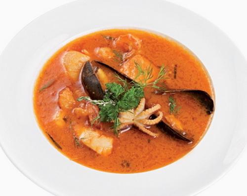 как приготовить итальянский томатный суп из морепродуктов