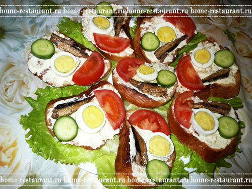 Как сделать красивый бутерброд из шпрот