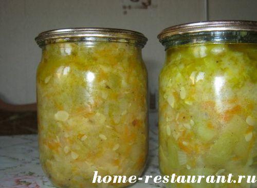 Кабачковый салат на зиму с морковкой