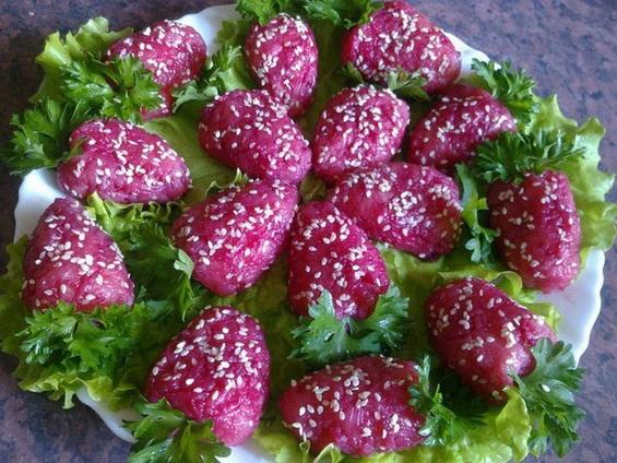 Салат- закуска «Клубничка»