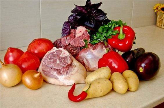 Жаркое по-домашнему с летними овощами
