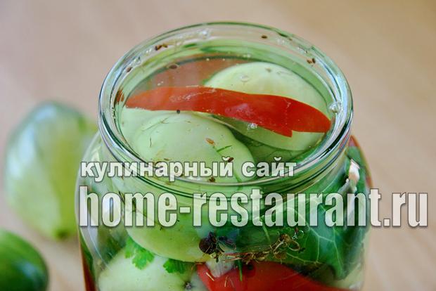 Зеленые помидоры фаршированные на зиму зеленью и чесноком фото_13