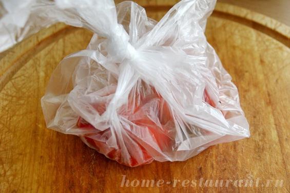 брускетта с печеными перцами и брынзой фото 4