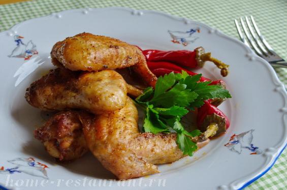 Куриные крылышки в духовке в пряном маринаде