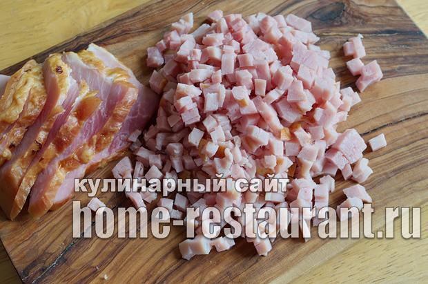 Салат в тарталетках с ветчиной и корейской морковкой_03