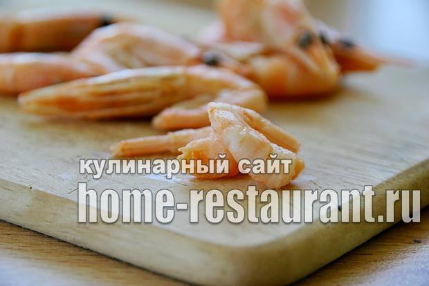 Салат в тарталетках с крабовыми палочками и креветками_10