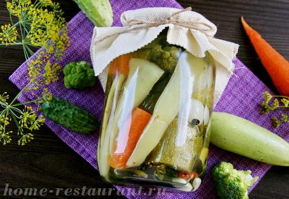 Овощное ассорти на зиму с кабачками