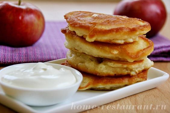 оладьи с яблоками фото 7