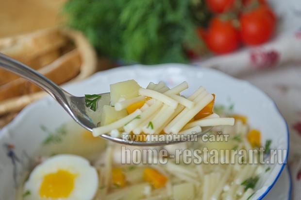 Куриный суп с картофелем и вермишелью _12