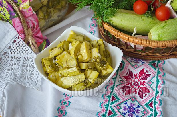 Пикантные кабачки на зиму с горчицей_11