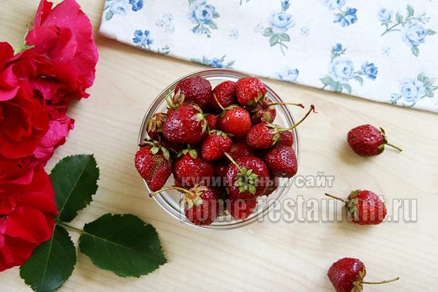 Варенье с лепестками роз фото 1