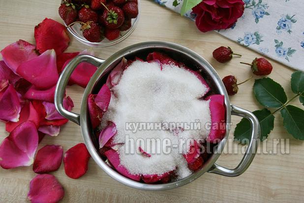Варенье с лепестками роз фото 4