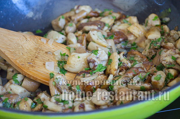 Как жарить белые грибы рецепт с фото пошагово _10