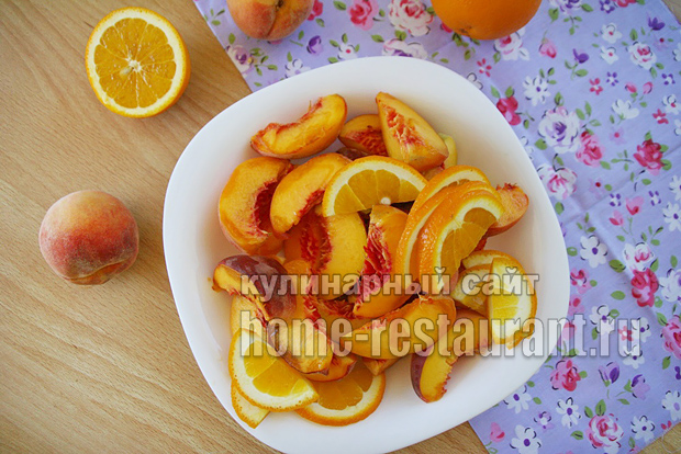 Компот из персиков фото 1
