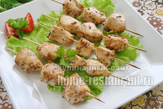 Куриные шашлычки на шпажках в духовке _1