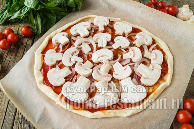 Пицца на слоеном тесте в духовке фото_03