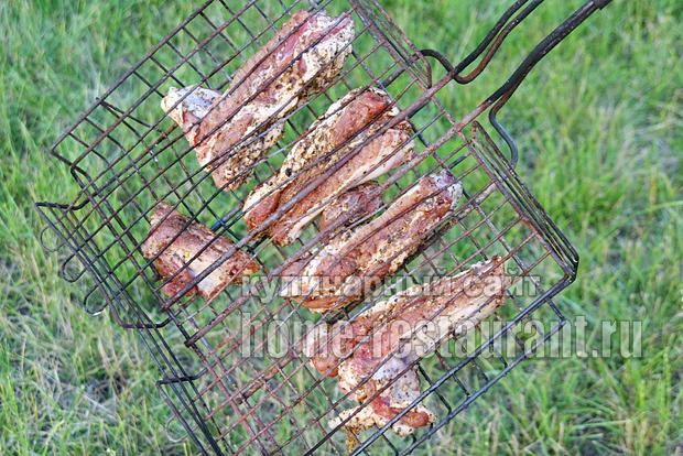 Свиные ребрышки на мангале- рецепт с фото _5