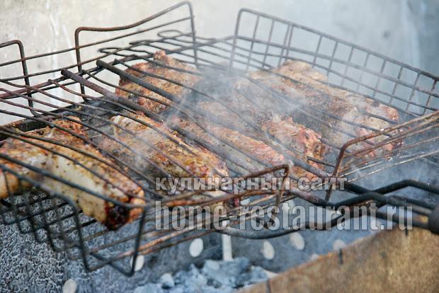 Свиные ребрышки на мангале- рецепт с фото _6