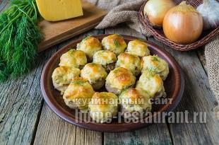 Фаршированные шампиньоны в духовке с сыром и курицей _3